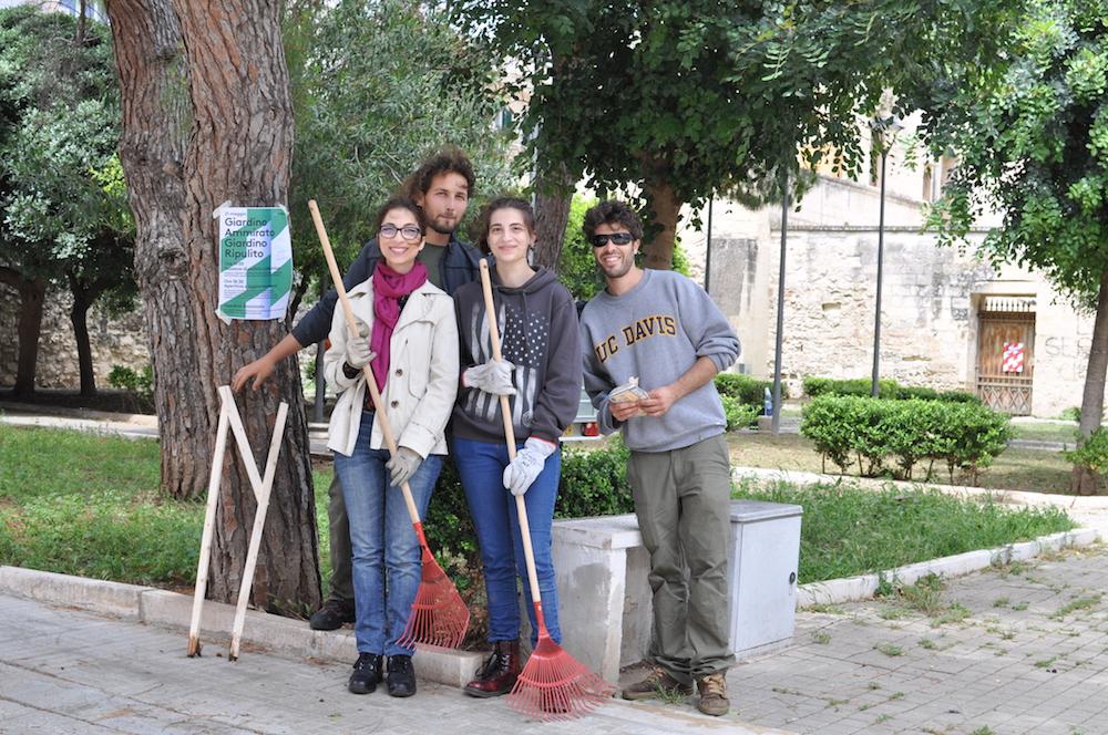 14 garden cleaning volunteers copy